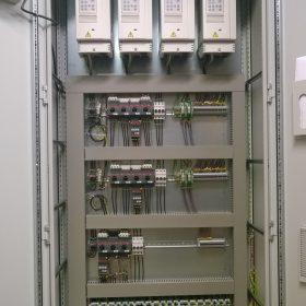 EC-Products Oy sähkökaappi auki