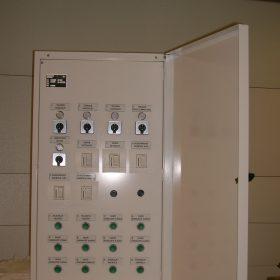 EC-Products sähkökaappi kansi auki